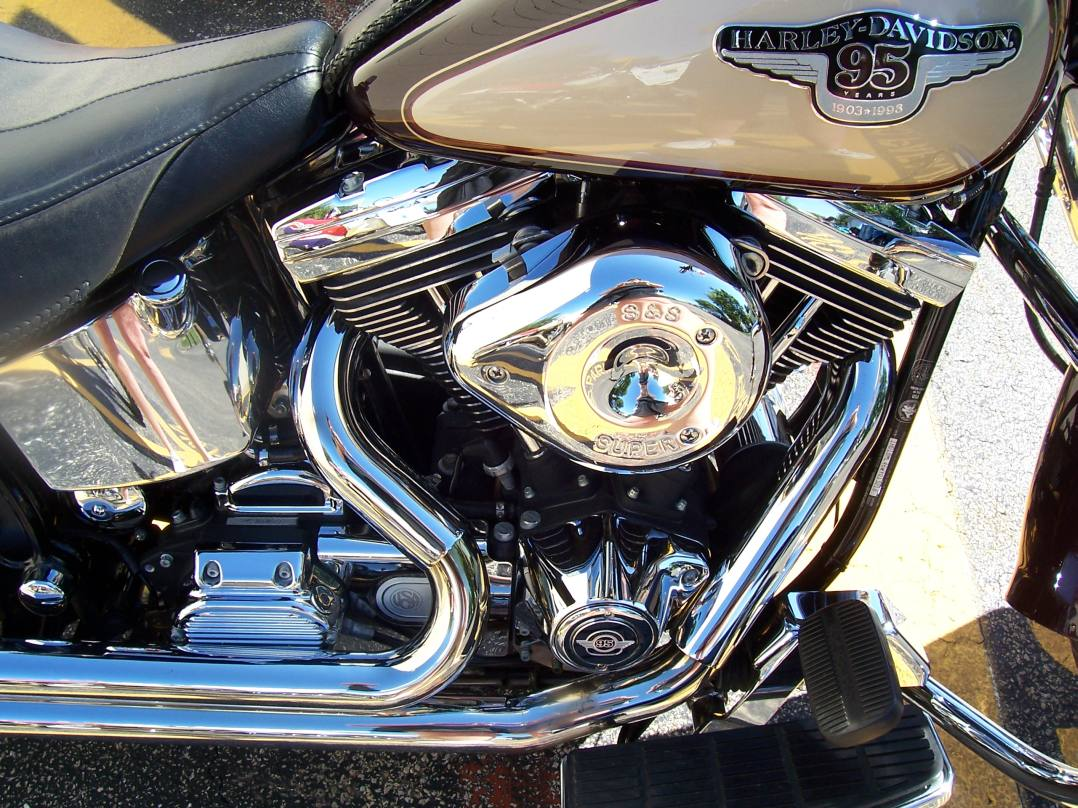 Fatal Motorcycle Accident in Wallingford CT Takes Life of 52-year-old Man from New Haven